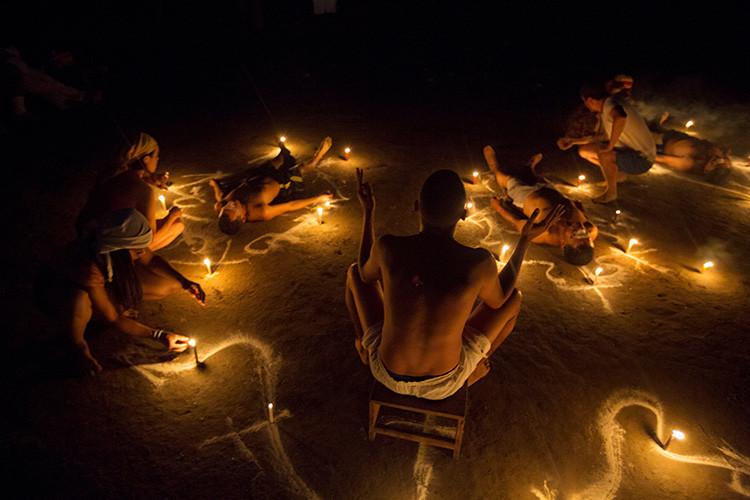 Rituales en la montaña de Sorte en las afueras de Chivacoa , en el estado de Yaracuy , Venezuela