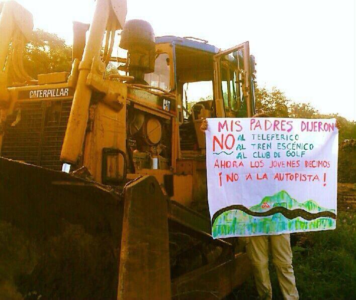 Oposición a la autopista en Tepoztlán
