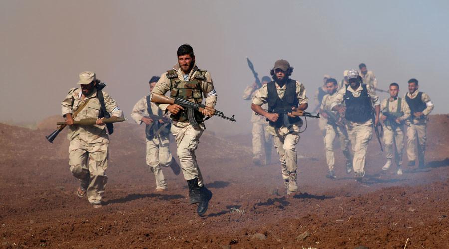 La Brigada Mujahideen Horan participa en un entrenamiento militar en la gobernación de Deraa en Siria, el 19 de junio de 2016
