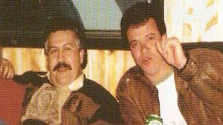 Pablo Escobar, a la derecha, con 'Popeye' Velásquez