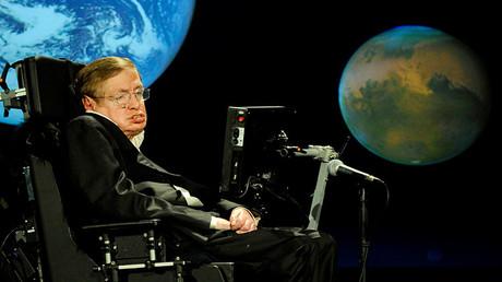 Stephen Hawking durante su conferencia en Starmus