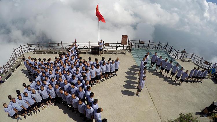 """China lanza ejercicios navales para prepararse para una """"repentina y cruel"""" guerra moderna"""