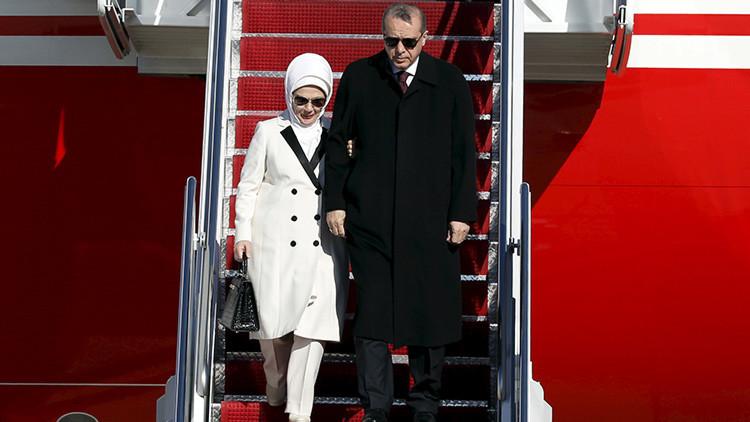 ¿Quién es la esposa de Erdogan? ¿Una filántropa o una compradora compulsiva?