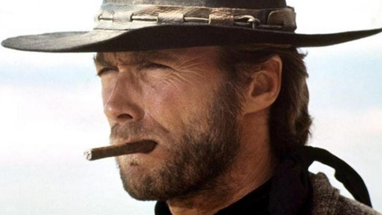 """Clint Eastwood apoya a Trump y critica a esta """"generación de niños mimados"""""""