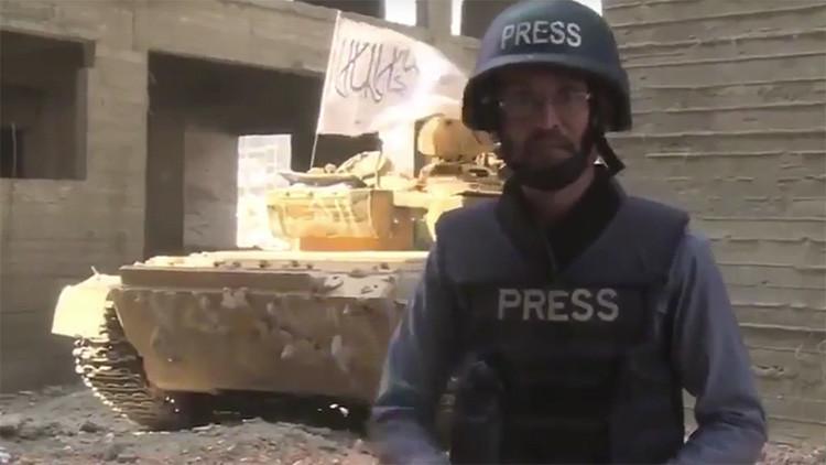Video: Un misil hiere a un periodista que cubría una contraofensiva terrorista en Alepo