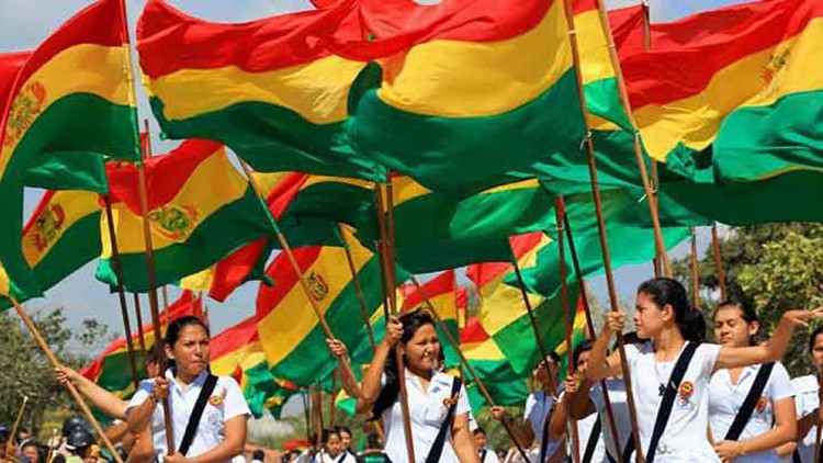 Bolivia celebra 191 años de independencia