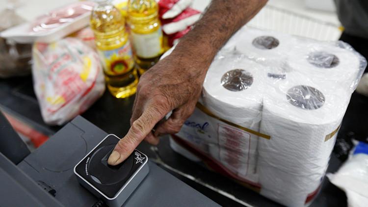 'Regreso al futuro II': Pagar compras solo pulsando con el dedo en un dispositivo ya es una realidad
