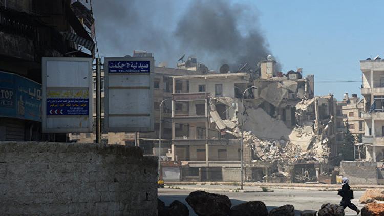 Las Fuerzas Aéreas de Siria destruyen un convoy del Estado Islámico en el suroeste de Alepo