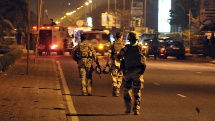 Pánico en un hotel de lujo en la capital de Malí al colgarse una bandera yihadista