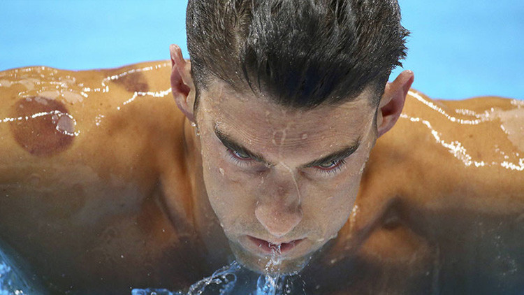 Memes: La mirada 'asesina' de Michael Phelps causa furor en la Red