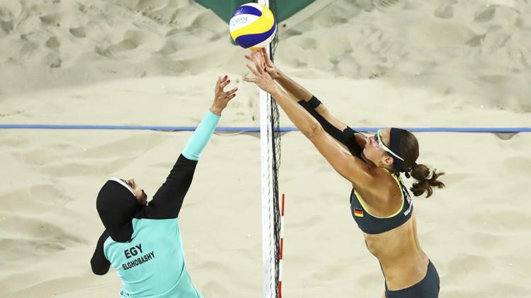 Choque de culturas en una impactante foto de los Juegos Olímpicos de Río