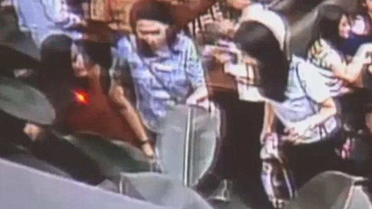 Video: Una mujer bebe una taza de café 'mortal' envenenada con cianuro
