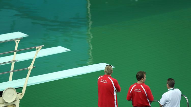 Río 2016: ¿Por qué se ha vuelto verde el agua de esta piscina olímpica?