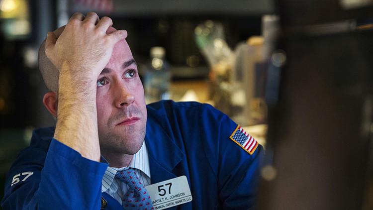 """""""Todos estamos en el Titanic"""": Un gurú financiero predice un desplome bursátil"""