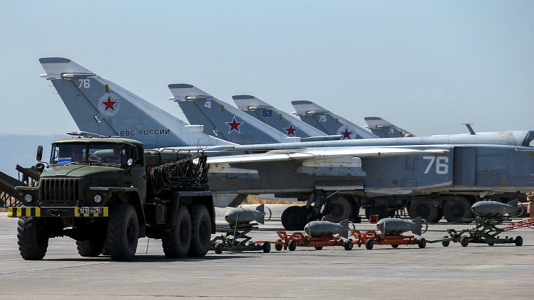 Rusia convertirá Jmeimim en su propia base en Siria