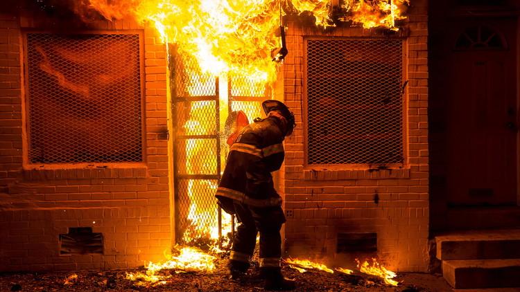 EE.UU.: Varios heridos por una explosión en un bloque de viviendas en Washington
