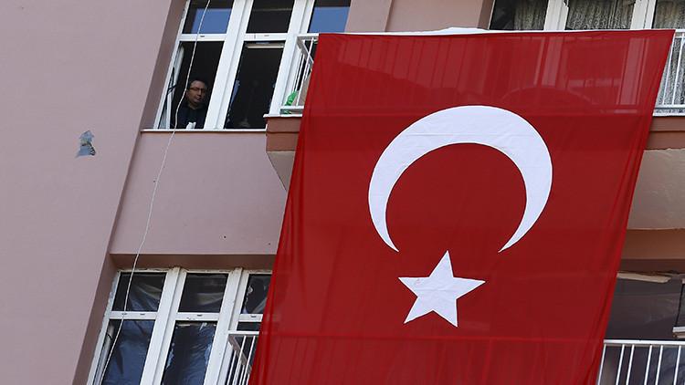"""""""La OTAN no tiene derecho a indicarle a Ankara con qué países debe relacionarse"""""""