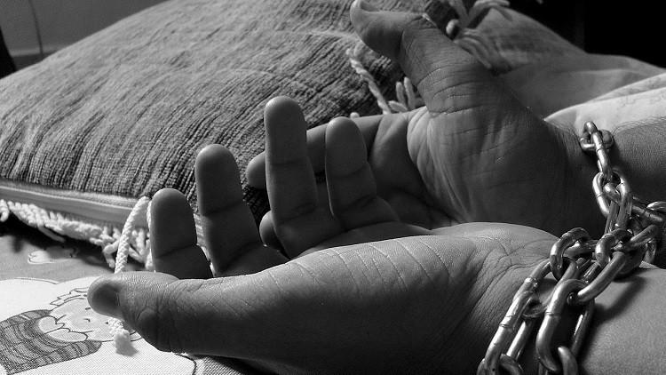 """""""He visto a muchas morir"""": Una mujer relata sus 7 años como esclava sexual de los cárteles mexicanos"""