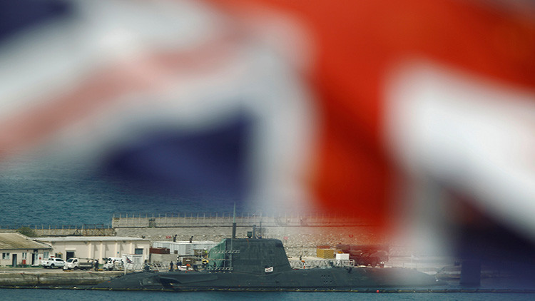 El submarino que los británicos mandaron a Gibraltar por si acaso