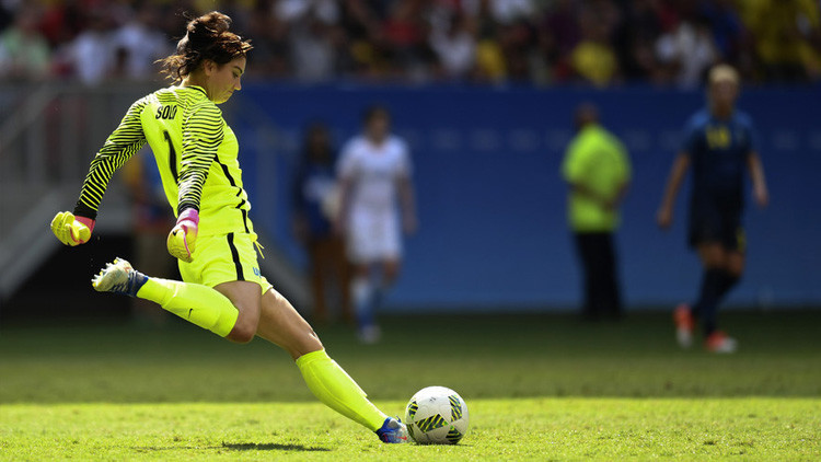 """""""Cobardes"""": El enojo de la portera estadounidense de fútbol olímpico tras perder con Suecia"""