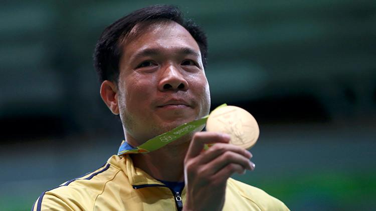 El primer campeón olímpico de Vietnam se entrenaba con pistolas sin balas