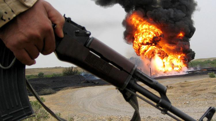 El EI perpetra una macabra ejecución al meter a varias personas en un tanque con alquitrán hirviendo