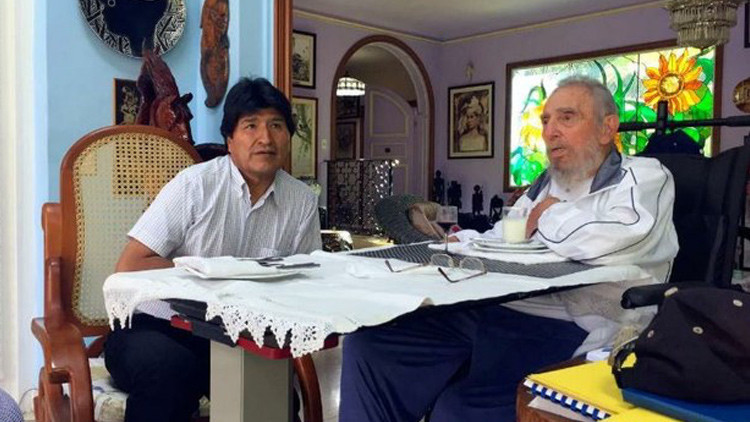 Evo Morales festeja junto a Fidel Castro el segundo oro cubano en los JJ. OO. de Río