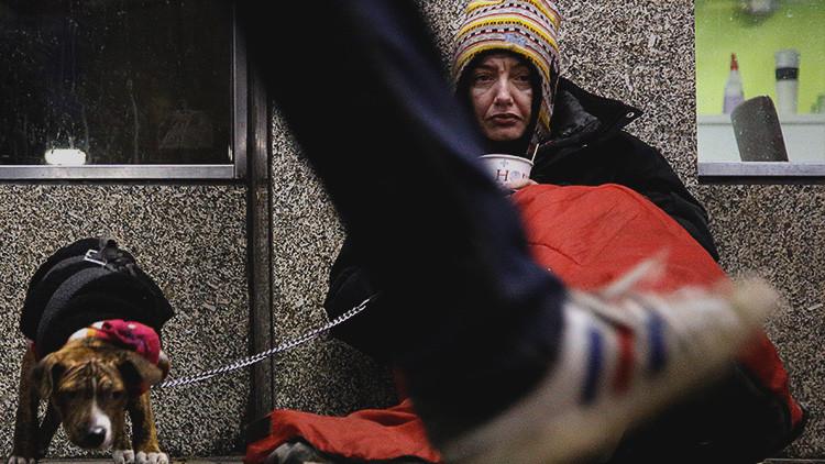 Sexo a cambio de techo: anuncios británicos hacen propuestas indecentes a mujeres sin hogar
