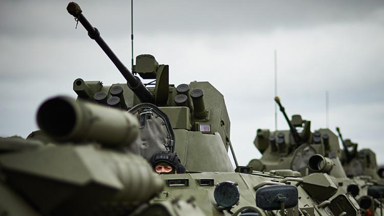 Rusia convierte el transporte blindado de personal BTR-82 en un 'asesino de tanques'