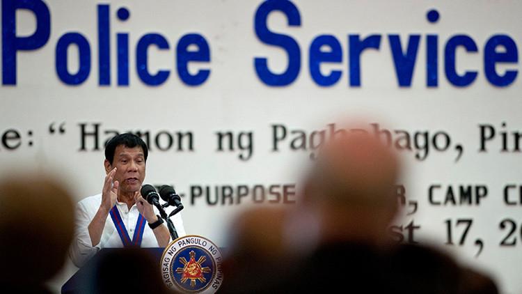 """El presidente filipino llama """"estúpida"""" a la ONU por criticar sus medidas contra el narcotráfico"""