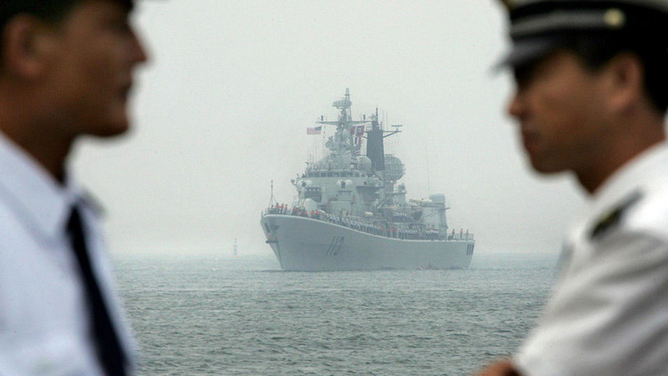 Tensión en Asia: Mientras Pekín y Manila dialogan, Washington se prepara para la guerra