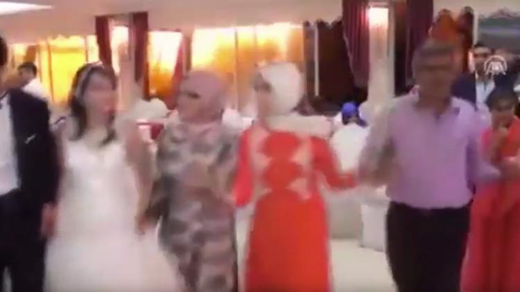 'Boda de sangre': un coche bomba destroza un enlace matrimonial en Turquía (video)