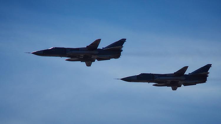 Bombarderos rusos Su-24 donados a Damasco no dejan ninguna opción a los yihadistas en Alepo