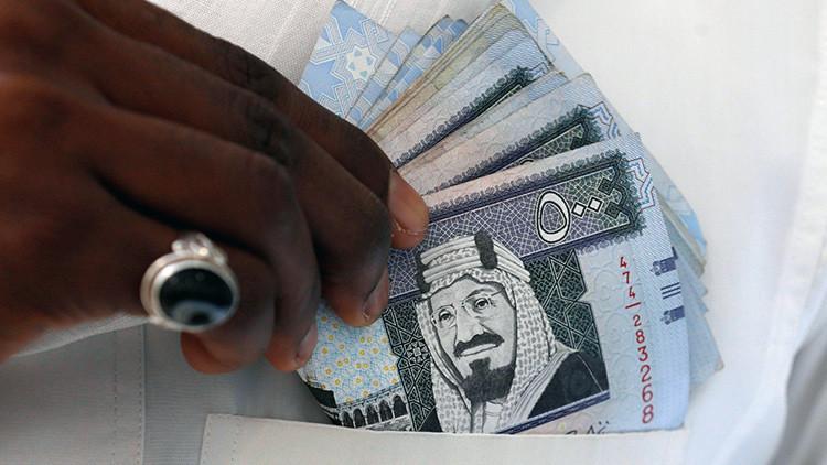 """""""Un desafío para el príncipe"""": Los sauditas se aprietan el cinturón"""
