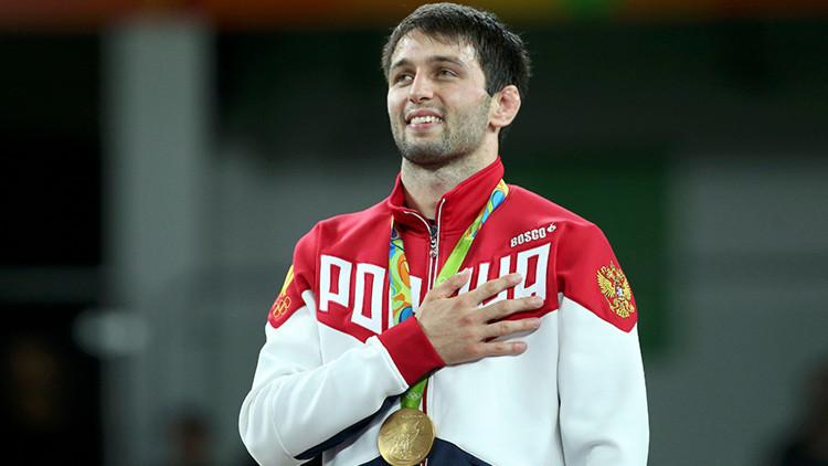 El luchador Soslán Ramónov obtiene la 19.ª medalla de oro para Rusia