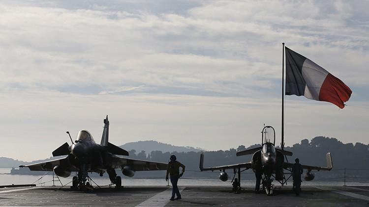 La Aviación francesa ataca posiciones de los yihadistas en Raqa, Siria