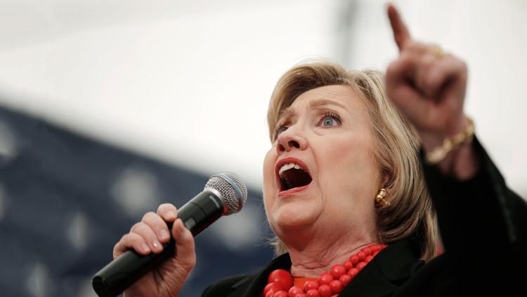 "¿Por qué el jefe de campaña de Clinton tacha a Trump de ""títere del Kremlin""?"