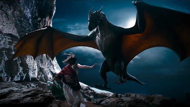 Video: Un dragón ruso conquista los cines de China