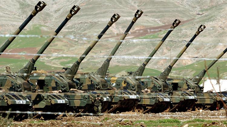 El Ejército turco ataca posiciones del Estado Islámico y de los kurdos en el norte de Siria