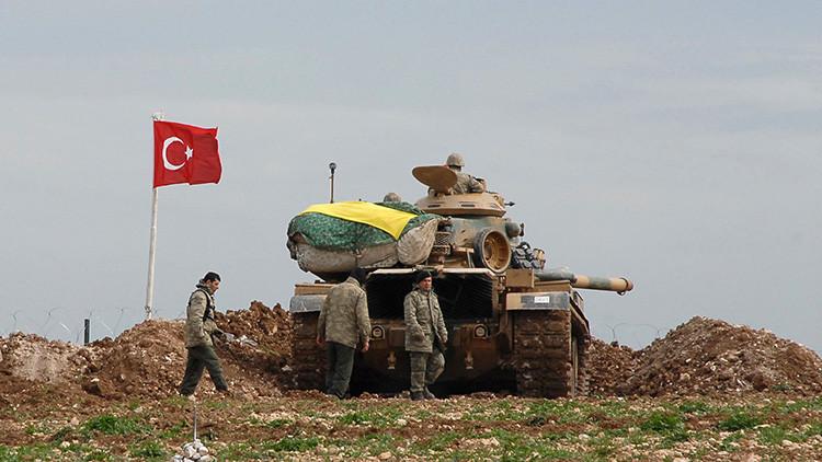 """Siria: La incursión de tanques turcos """"viola nuestra soberanía"""""""