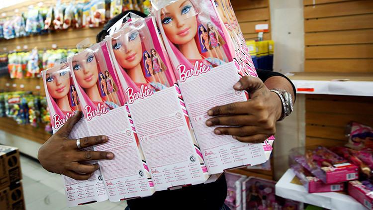 Fotos: Así vive la mayor admiradora de Barbie en el mundo