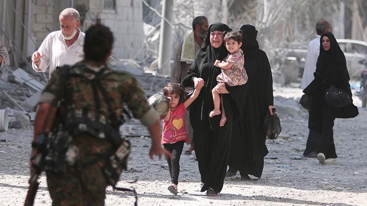 """""""Decapitaron a mi hijo ante mis ojos"""": escalofriantes recuerdos de los sirios atrapados en Alepo"""