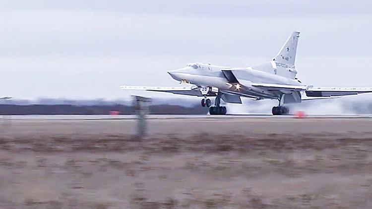 El bombardero ruso Tu-22M3 será equipado con nuevos e indetectables misiles supersónicos