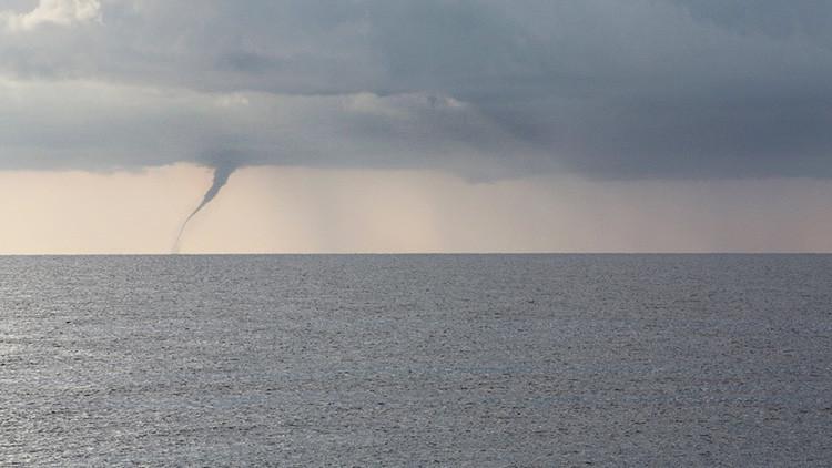 Rusia: Varios tornados se acercan a la ciudad de Sochi (Video, fotos)