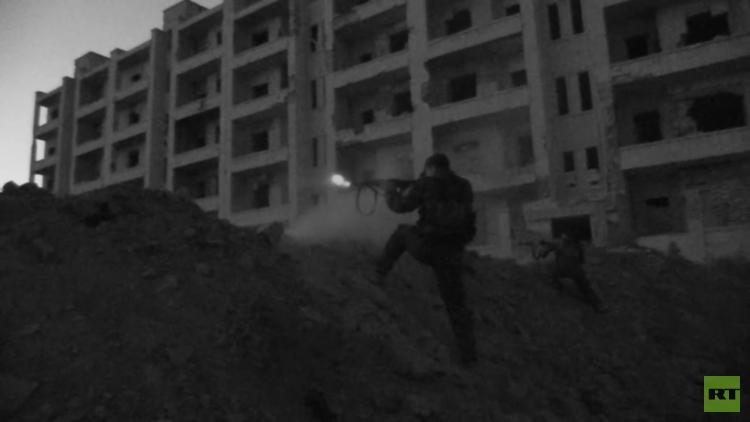 Video: Combatientes kurdos atacan posiciones del Frente Al Nusra en Alepo