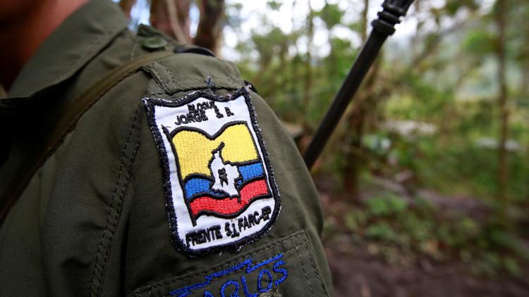 Las FARC anuncian el cese permanente de las hostilidades