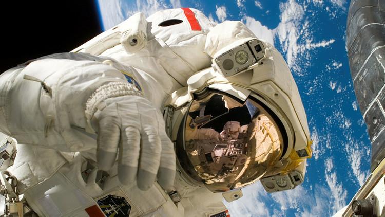Fotos, video: Reciben en Hawái a científicos que pasaron un año en 'Marte'