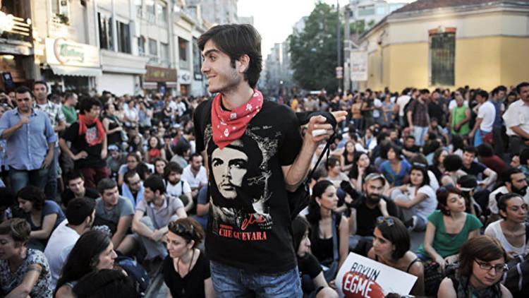 """""""Asesino y bandido"""": Cuba reacciona tras las declaraciones del Parlamento turco sobre el Che Guevara"""