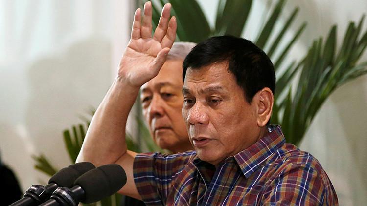 """Presidente de Filipinas: """"Obama debe escucharme a mí antes de hablar de derechos humanos"""""""