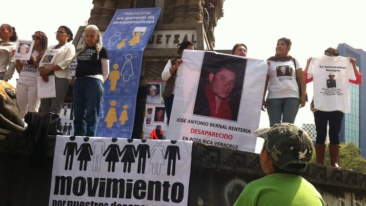 """""""¿Nuestros hijos dónde están?"""": Así buscan familiares a sus desaparecidos en México"""
